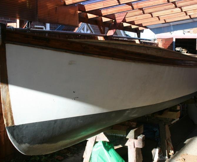 Fast yacht tender