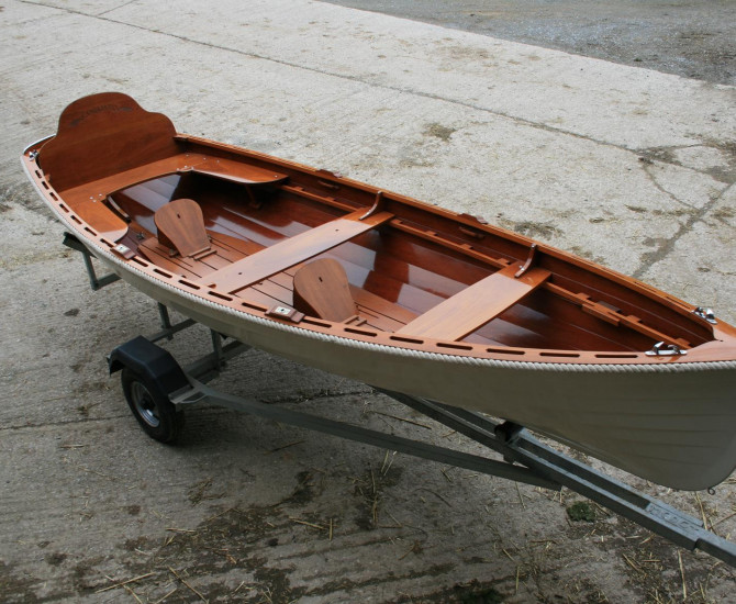 Oughtred Acorn rowing skiff