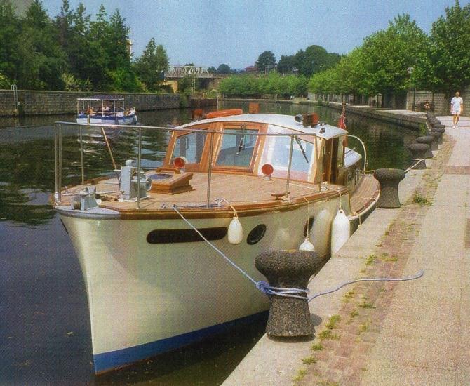 Twin Engine Motor Yacht