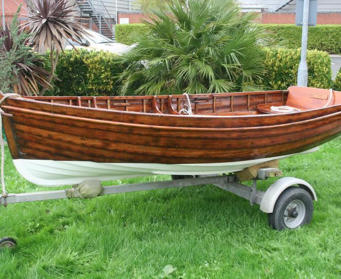 Edgar Cove Rowing dinghy