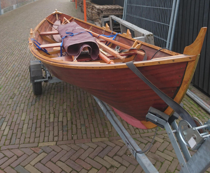 Ian Oughtred Elfyn sailing dinghy